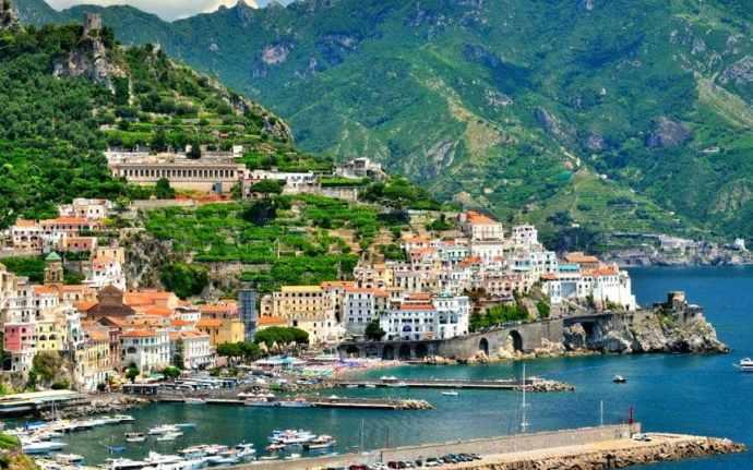 amalfi-coast-italy_2928469a-xlarge